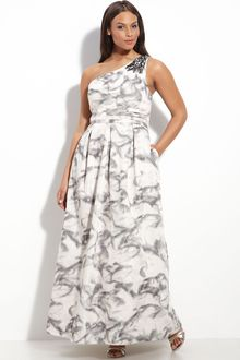Js Boutique Printed Taffeta Gown (plus) - Lyst