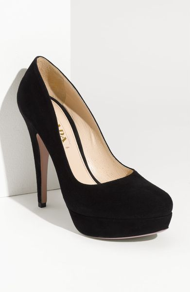 Prada Platform Pump in Black (nero) - Lyst