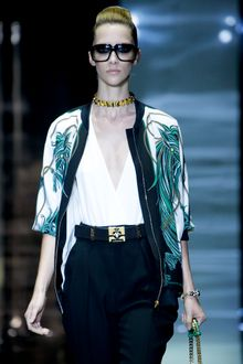 Gucci Spring 2012 Black Oversized Sunglasses - Lyst