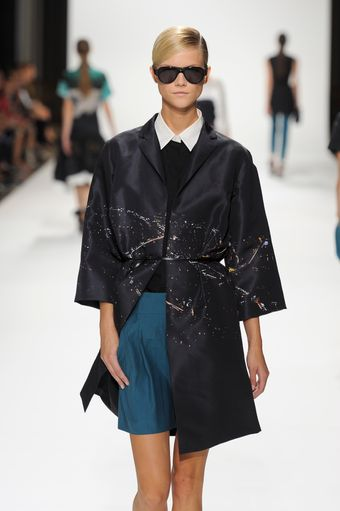Dries Van Noten Spring 2012 Black 3/4 Sleeve Coat With Nightscape Print - Lyst