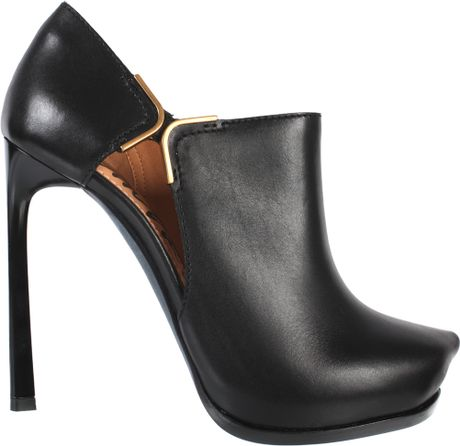 Lanvin Calfskin Heels Ankleboots with Cuts in Black - Lyst