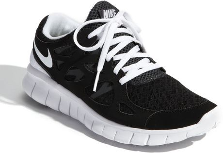 Nike Running Shoes Black And White Women Nike free run 2+ running shoe
