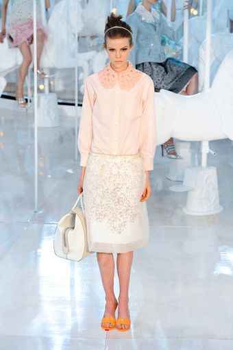 Louis Vuitton Spring 2012 Pink Long Sleeve Shirt With Oversized Lacy Collar - Lyst