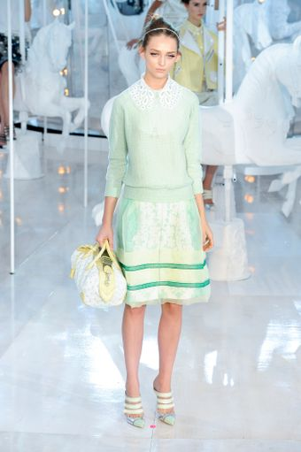 Louis Vuitton Spring 2012 Mint Green Long Sleeve Jumper With Oversized Lacy Collar - Lyst
