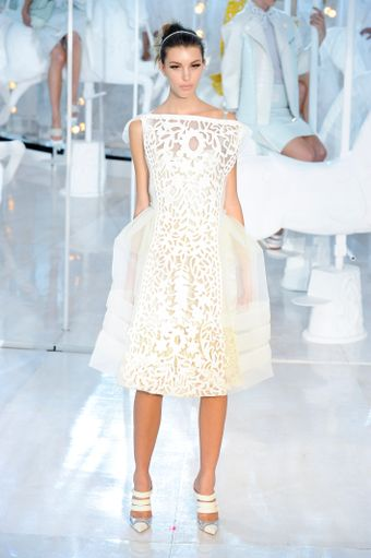 Louis Vuitton Spring 2012 White Broderie Anglaise Knee Lenght Dress With Sheer Silk Layes - Lyst