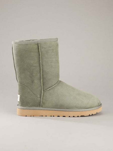 green uggs boots