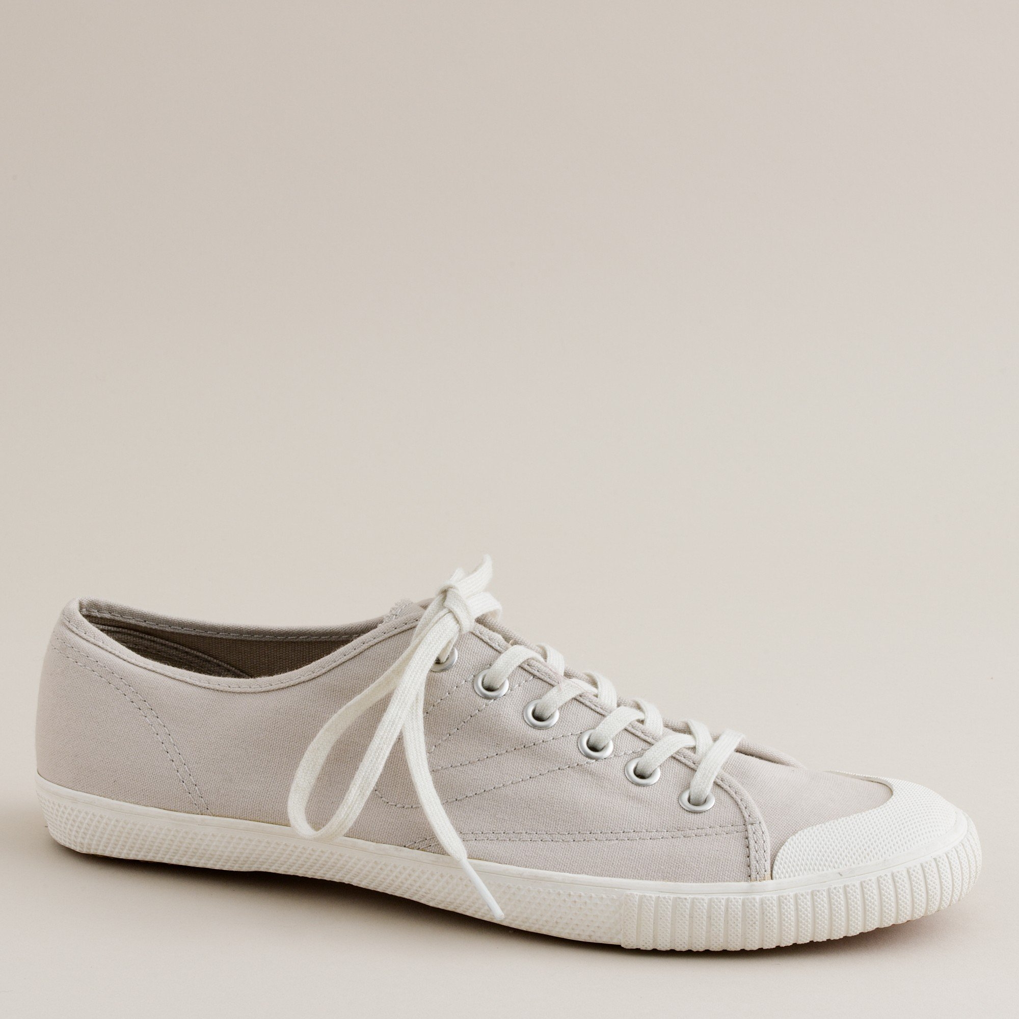 What Are Considered Tennis Shoes