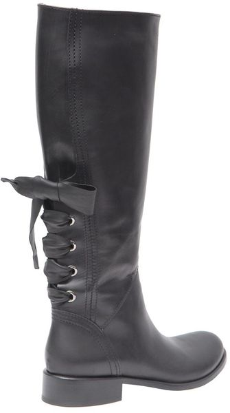 valentino high leather boots with bow on the back in black