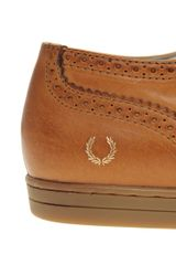 Fred Perry  Laurel Wreath Patton Leather Brogues in Brown for Men (tan) - Lyst