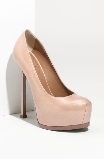 Yves Saint Laurent Tribtoo Patent Leather Pump - Lyst