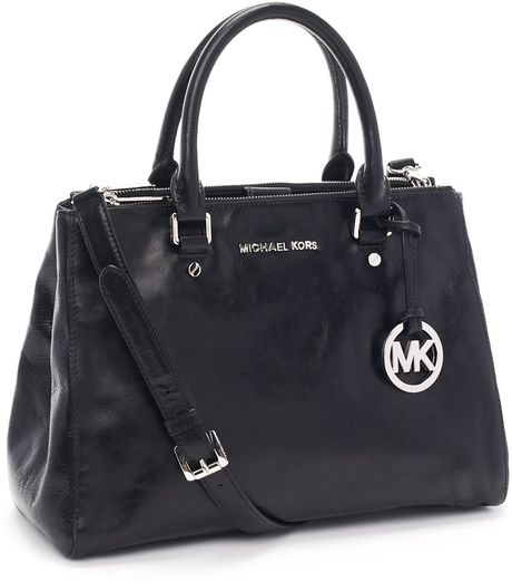 Michael Kors Medium Bedford Dressy Tote, Black in Black