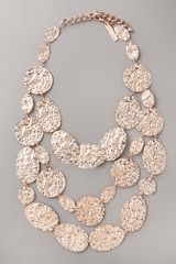 Oscar de la Renta Hammered Disc Necklace - Lyst