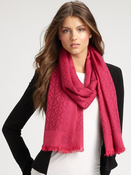 Tory Burch Wool All-Over Logo Scarf in Pink