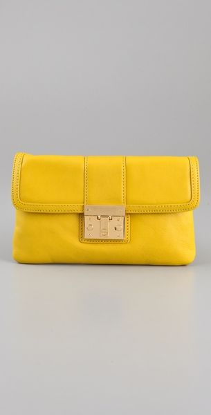 Tory Burch Norah Envelope Bag in Yellow (lemon) - Lyst