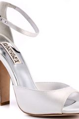 Badgley Mischka Wynter - White Satin - Lyst