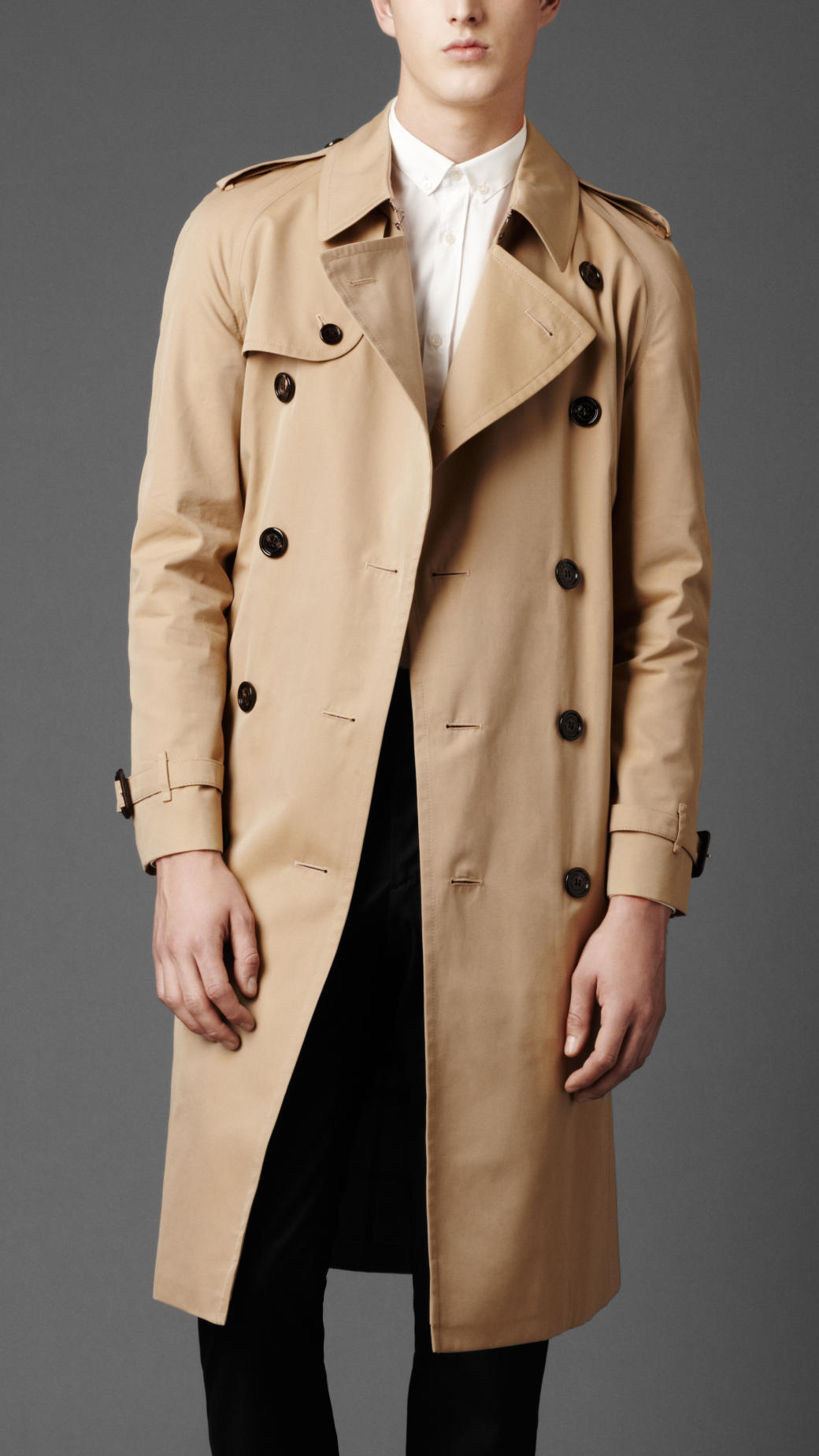 Burberry Heritage Double Breasted Raglan Trench Coat in ...