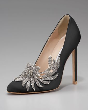 Manolo Blahnik Swan Embellished Satin Pump, Black - Lyst