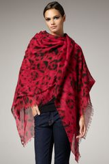 Stella Mccartney Leopardprint Stole, Fuchsia in Red (violt mgnta fuxia) - Lyst