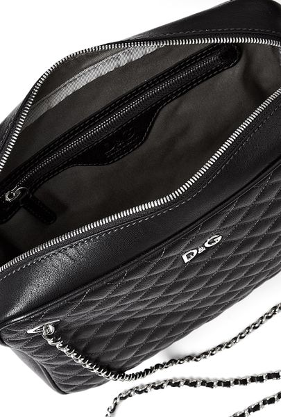 Black Lily Glam Quilted Zip Top Shoulder Bag By D&G 83