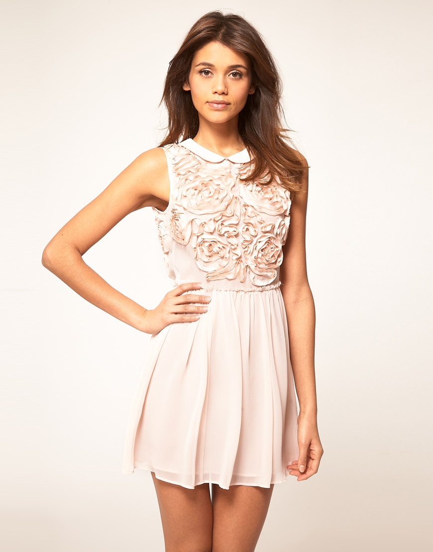 asos collection asos mini dress with rose applique in pink peachskin lyst. Black Bedroom Furniture Sets. Home Design Ideas