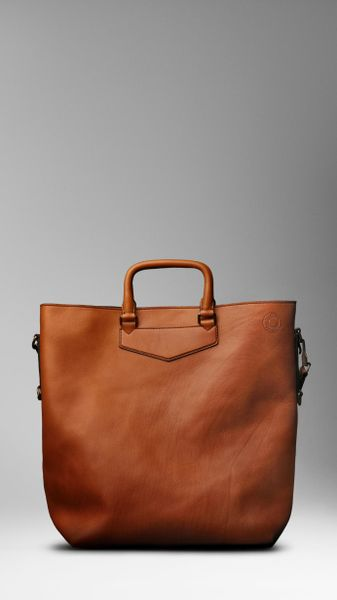 Burberry Large Washed Leather Tote in Brown for Men (pollen)