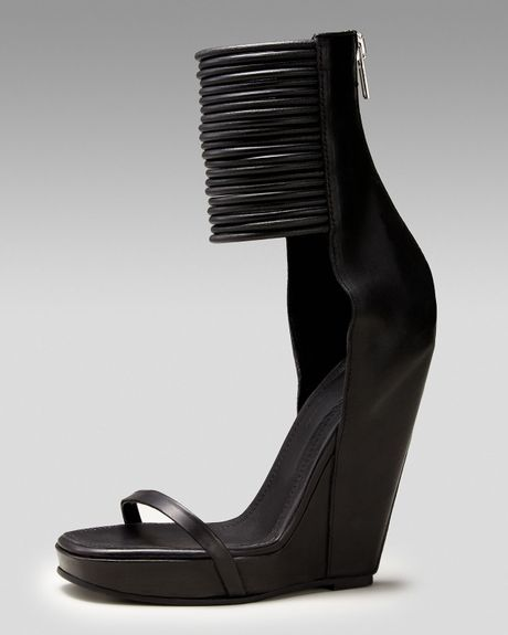 Rick Owens Ringed Anklewrap Wedge Sandal in Black - Lyst