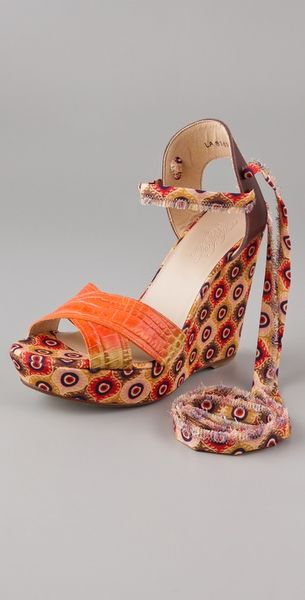 Theodora & Callum Bali Crisscross Wedge Sandals in Orange - Lyst
