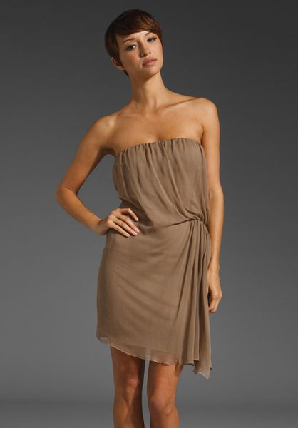 Alice + Olivia Mid Length Twist Strapless Dress in Brown (taupe) - Lyst