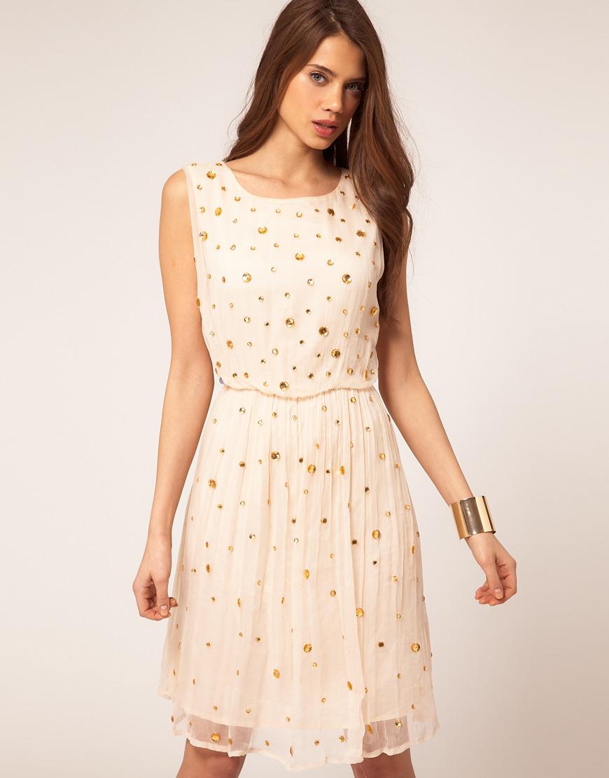 Особенно любят эту пору девушки, в. Большой выбор летних платьев в интернет-магазине WildBerries.ru