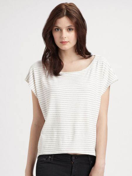 Alice + Olivia Baker Striped Cropped Tee in White (black) - Lyst