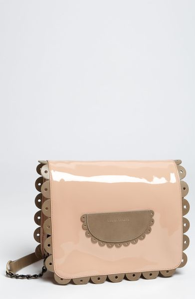 See By Chloé Poya  Patent Large Shoulder Bag in Beige (annette) - Lyst