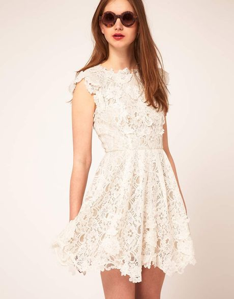 Asos Lace Skater Dress With Applique Detailing in Beige (cream) - Lyst
