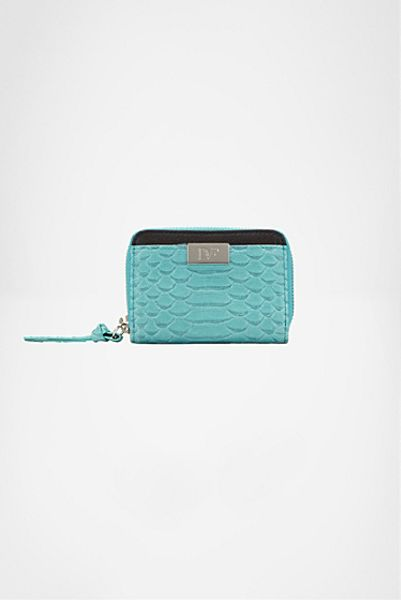 Diane Von Furstenberg Zip Around Embossed Python Card Wallet in Blue (reef) - Lyst