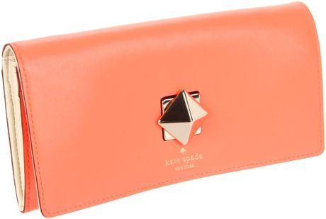 Kate Spade New York New Bond Street Cyndy Wallet in Orange (coral) - Lyst