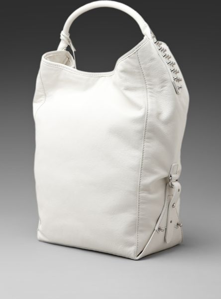 Mcq By Alexander Mcqueen Mcq By Alexander Mcqueen Goswell Bucket Bag in White (bone) - Lyst