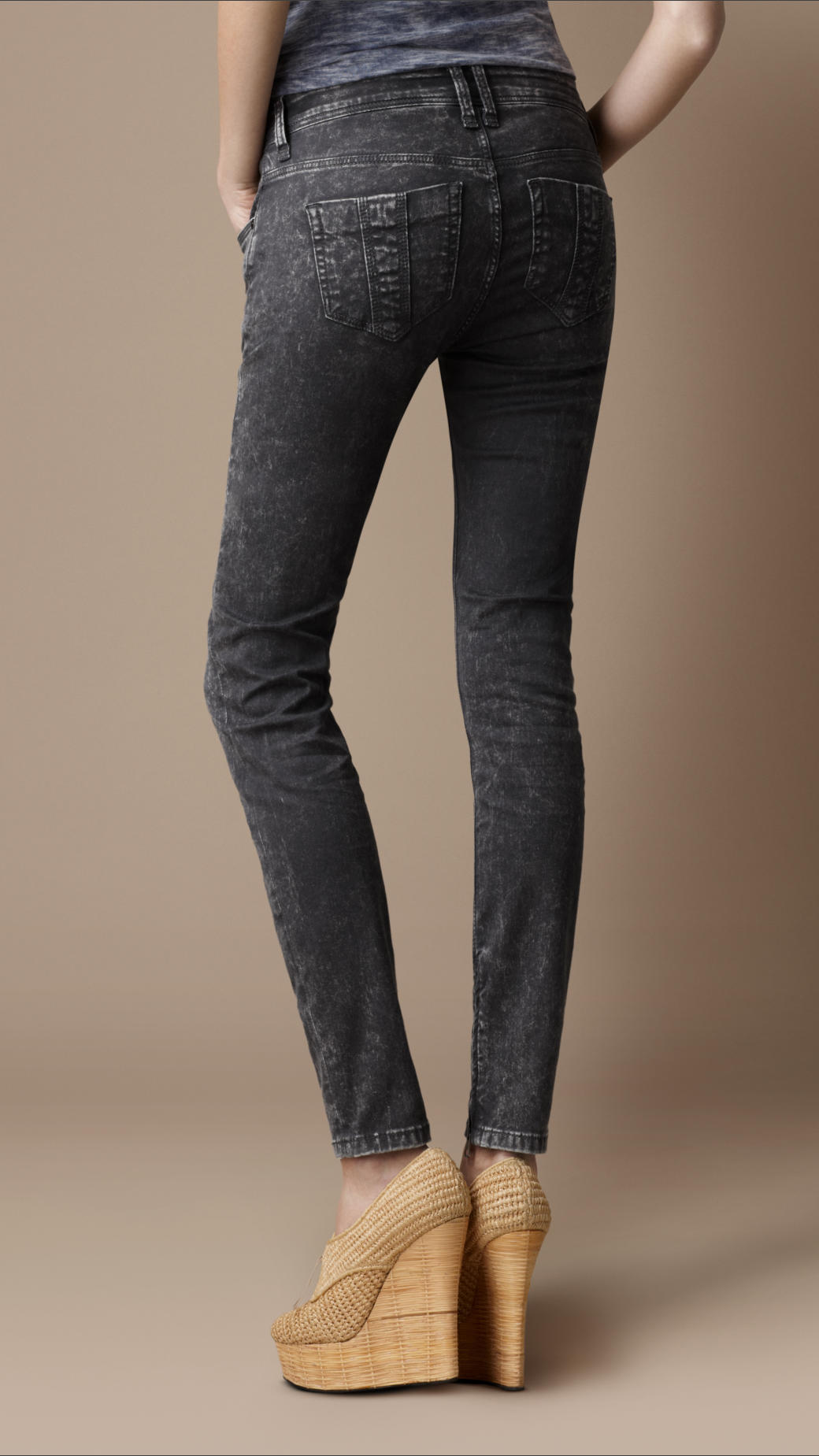 dd7fba0d4870 Burberry Brit Bayswater Grey Skinny Jeans in Gray - Lyst