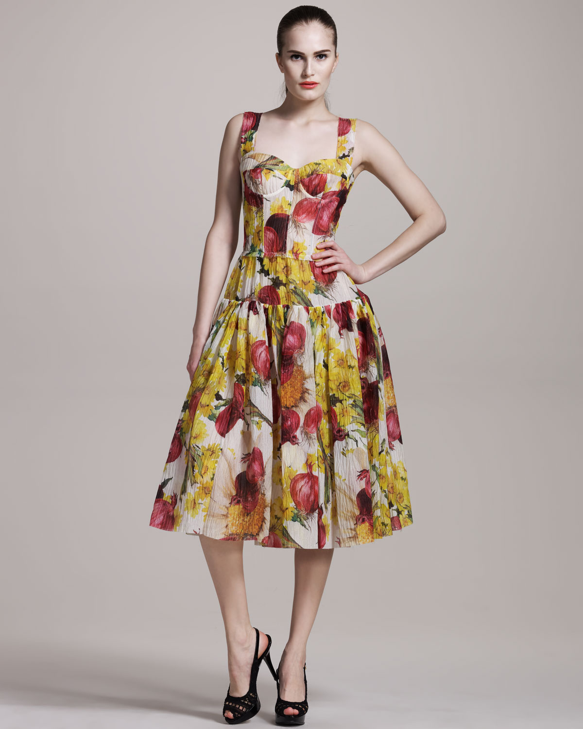 Dolce and gabbana clothes for women