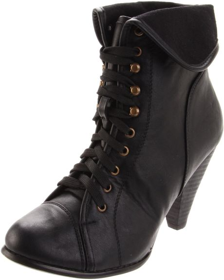 Volatile Very Volatile Womens Mugsy Laceup Boot in Black - Lyst