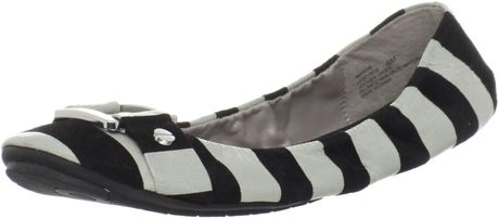Me Too Womens Lysette Ballet Flat in Black (black stripe) - Lyst