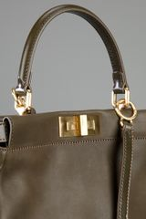 Fendi Large Peekaboo Shoulder Bag in Brown (green) - Lyst