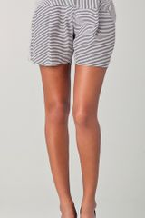 Lela Rose Pleated Shorts - Lyst