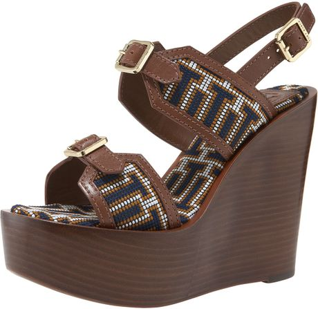 Tory Burch Florian Needlepoint Wedge in Brown (almond) - Lyst
