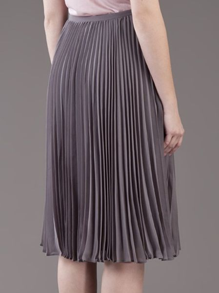 heritage pleated skirt in gray silver lyst