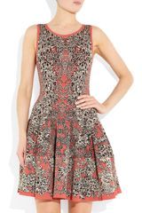 Alexander Mcqueen Flared Barnacle Intarsia Dress in Gray (coral) - Lyst