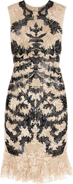 Alexander Mcqueen Lasercut Patentleather and Lace Dress in Black (rose)