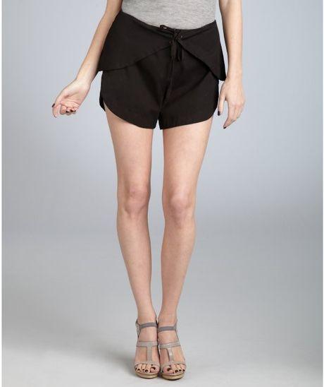 Cynthia Rowley Black Cotton Scalloped Tie Waist Shorts in Black   Lyst