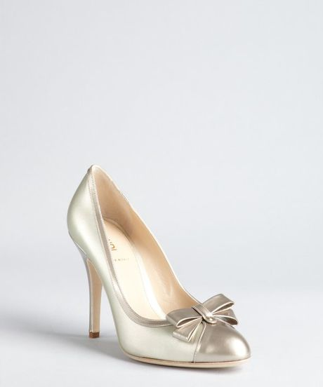 Fendi Platinum Twotone Leather Bow Detail Pumps in Gold (grey) - Lyst