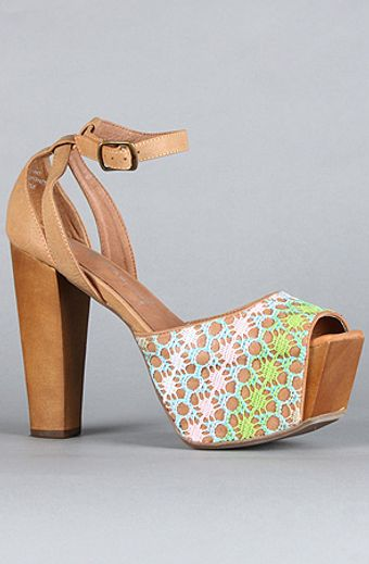 Jeffrey Campbell The Perfect Wooden Shoe in Pastel Tan - Lyst