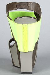 United Nude The Geisha Hi Shoe in Neon Yellow in Yellow - Lyst