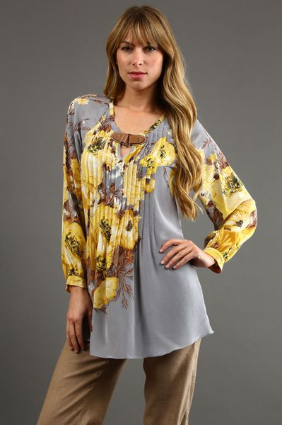 Tracy Reese Pintucked Peasant Blouse in Saflower Floral 45 Off in Gray (floral) - Lyst